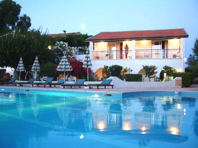 villa holiday cyprus
